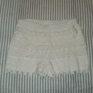 Express Lace Short